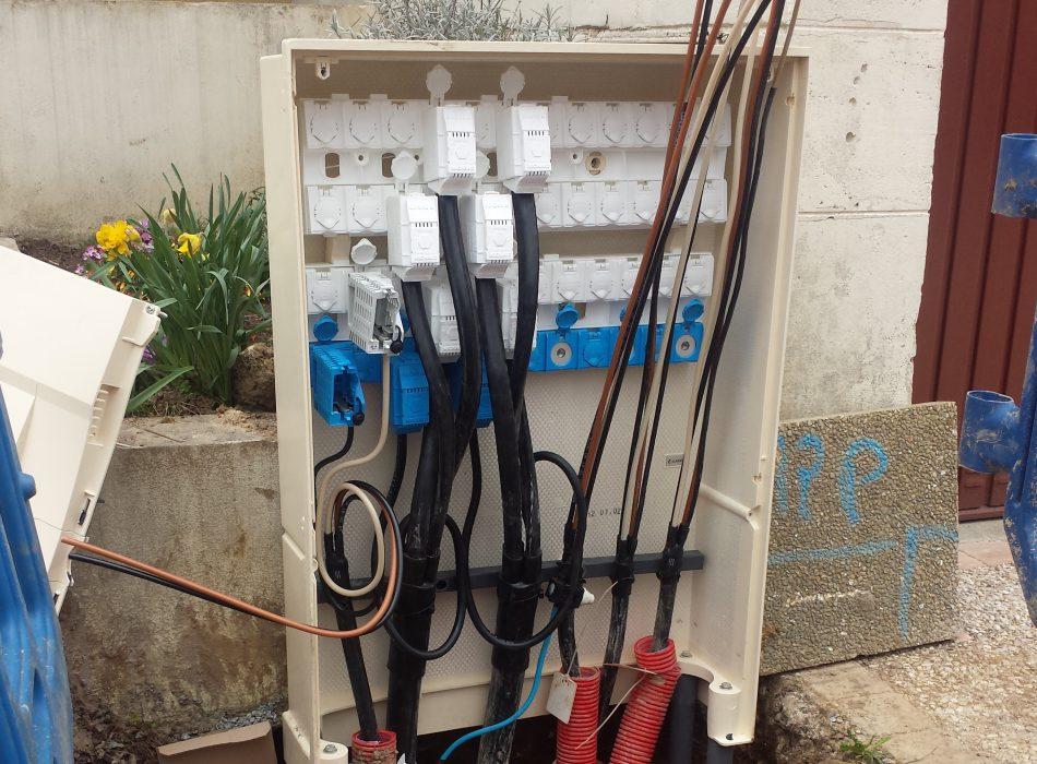 Travaux ERDF ENEDIS, câblage électrique enterré, Hameaux de la roche