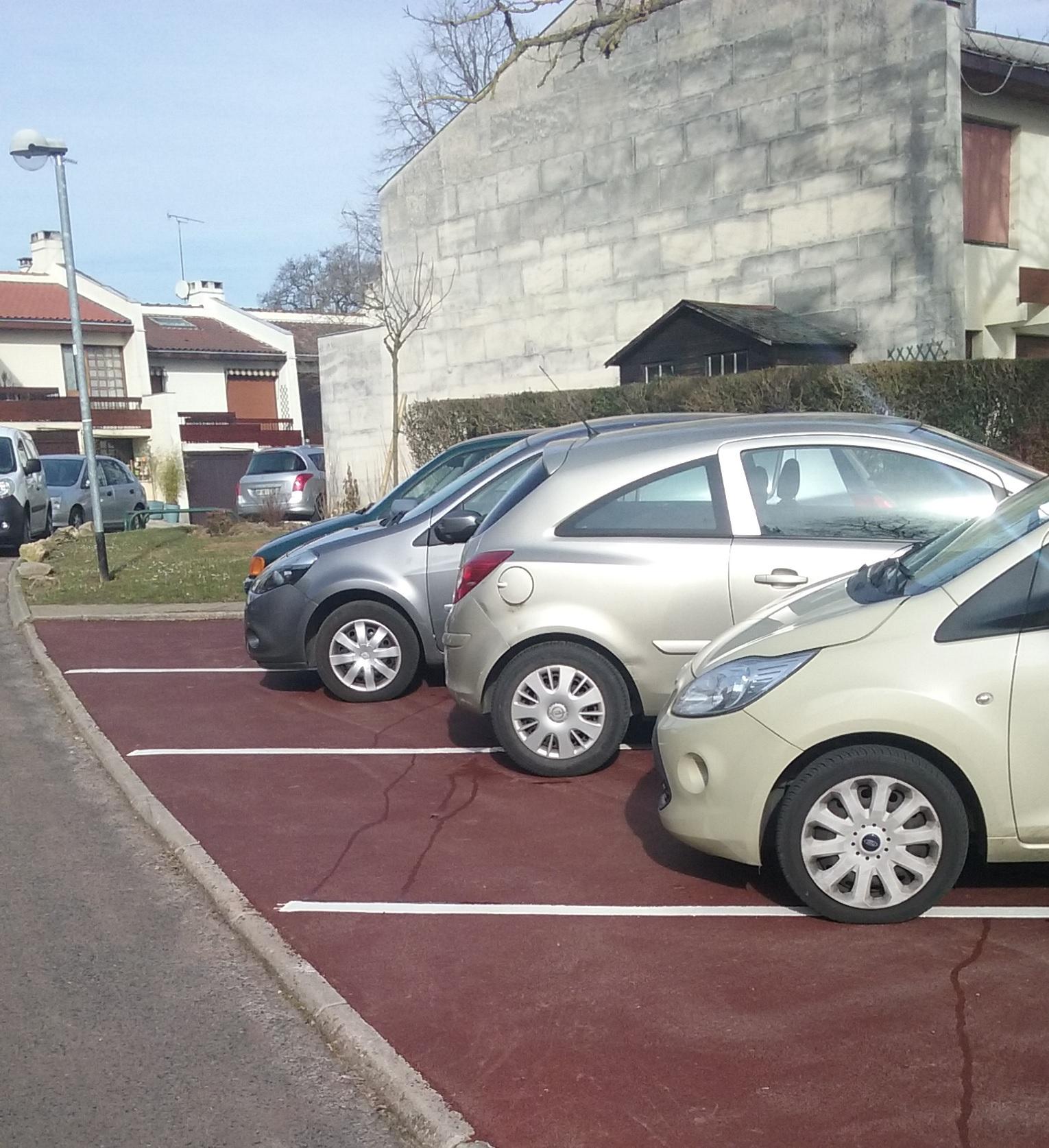Fin de rénovation parkings: IRIS et HORTENSIAS