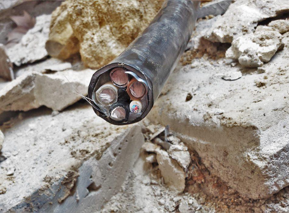 Travaux ERDF ENEDIS, câblage électrique enterré, Hameaux de la roche Ris
