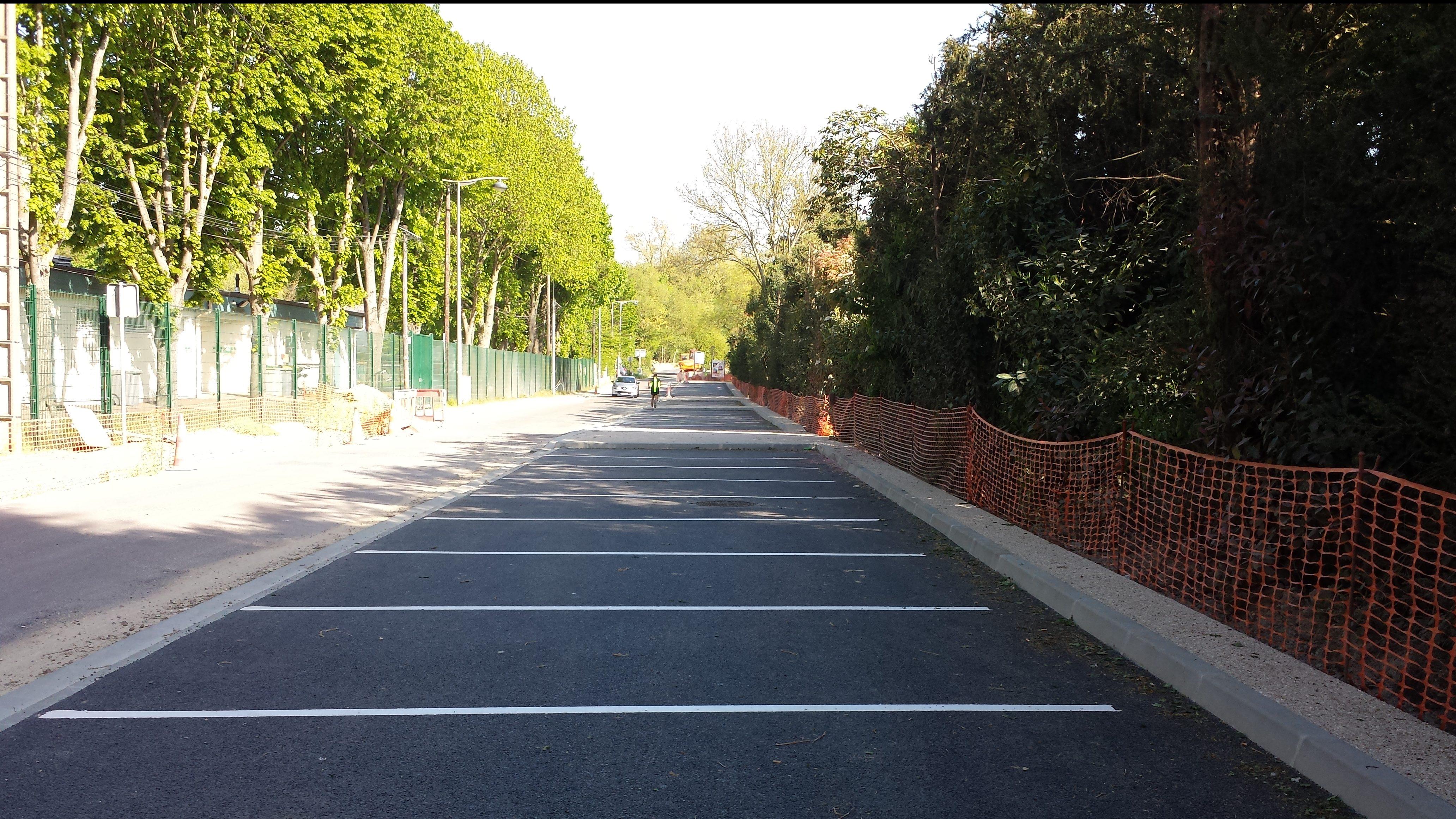 Les nouveaux parkings rue de Fromont