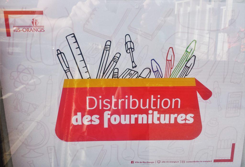 distribution de fournitures