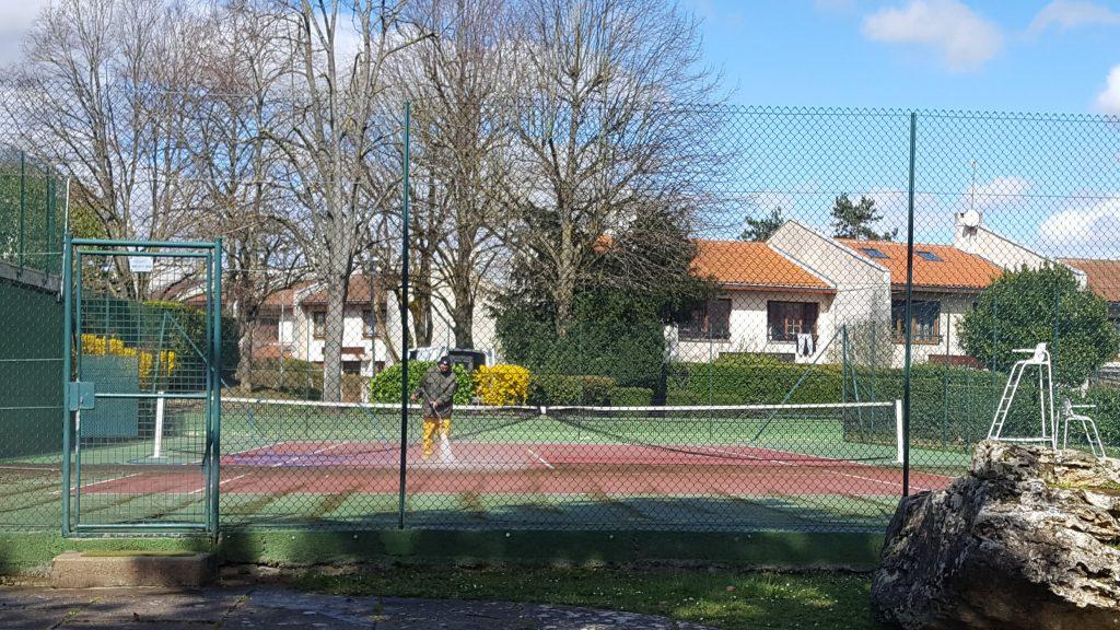 nettoyage-des-cours-tennis-20180405